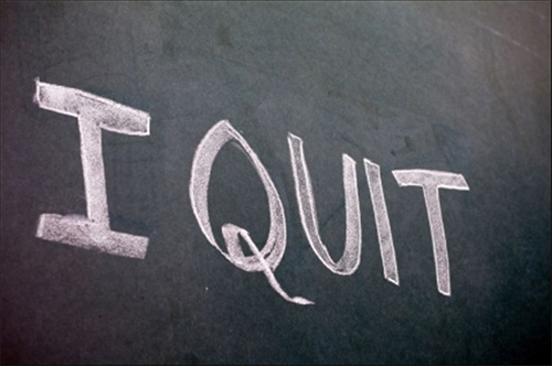 3 Telltale Signs Your Employee is Getting Ready to QUIT